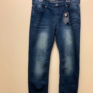 NWT Vintage Genes Black Slim Straight Jeans 34